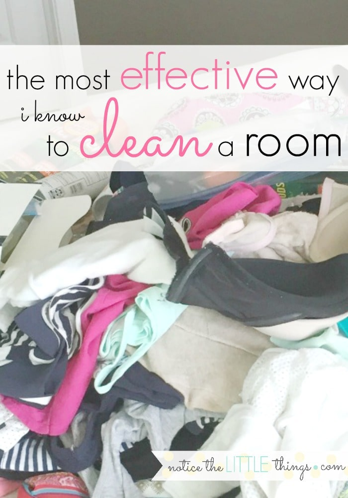 clean your room quickly and thoroughly with this easy method. #noticethelittlethings #decluttering #declutteringtips #easyorganization #organizeyourroom #oneroomchallenge #howtocleanaroom #organizedmom #organizedlife #organizedhome #cleaningtips